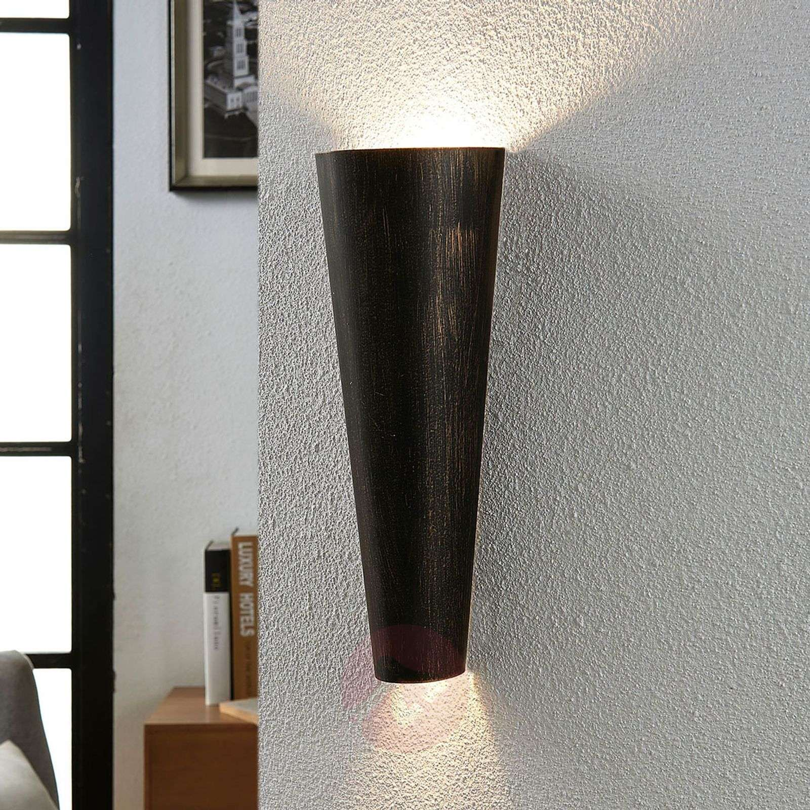 Acquista applique led conan nero oro lampade