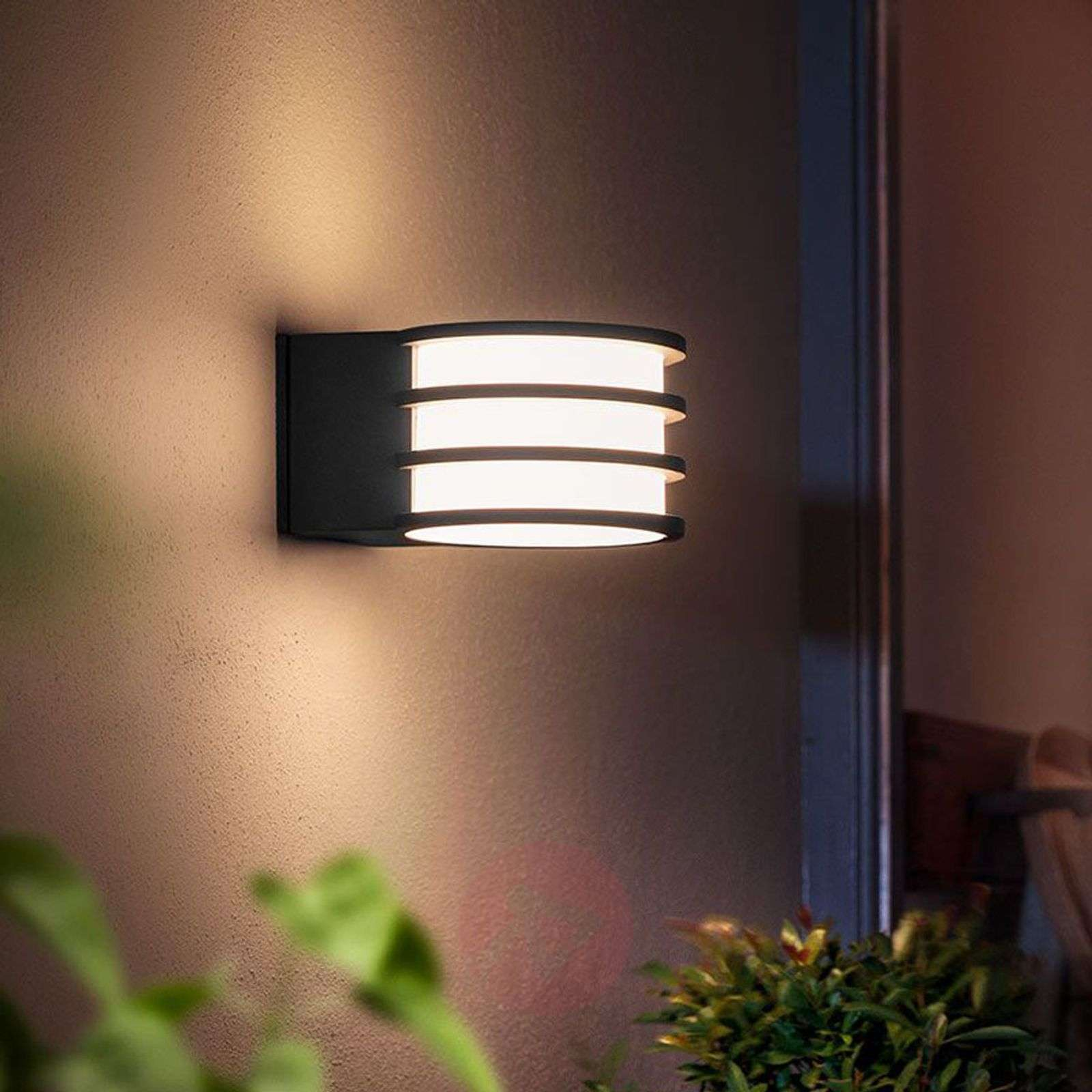 Plafoniere Ufficio Philips : Acquista philips hue applique da esterni led lucca lampade.it