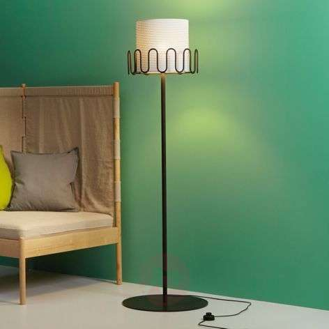 Appendiabiti Con Piantana.Acquista Piantana Frilly Con Appendiabiti Lampade It
