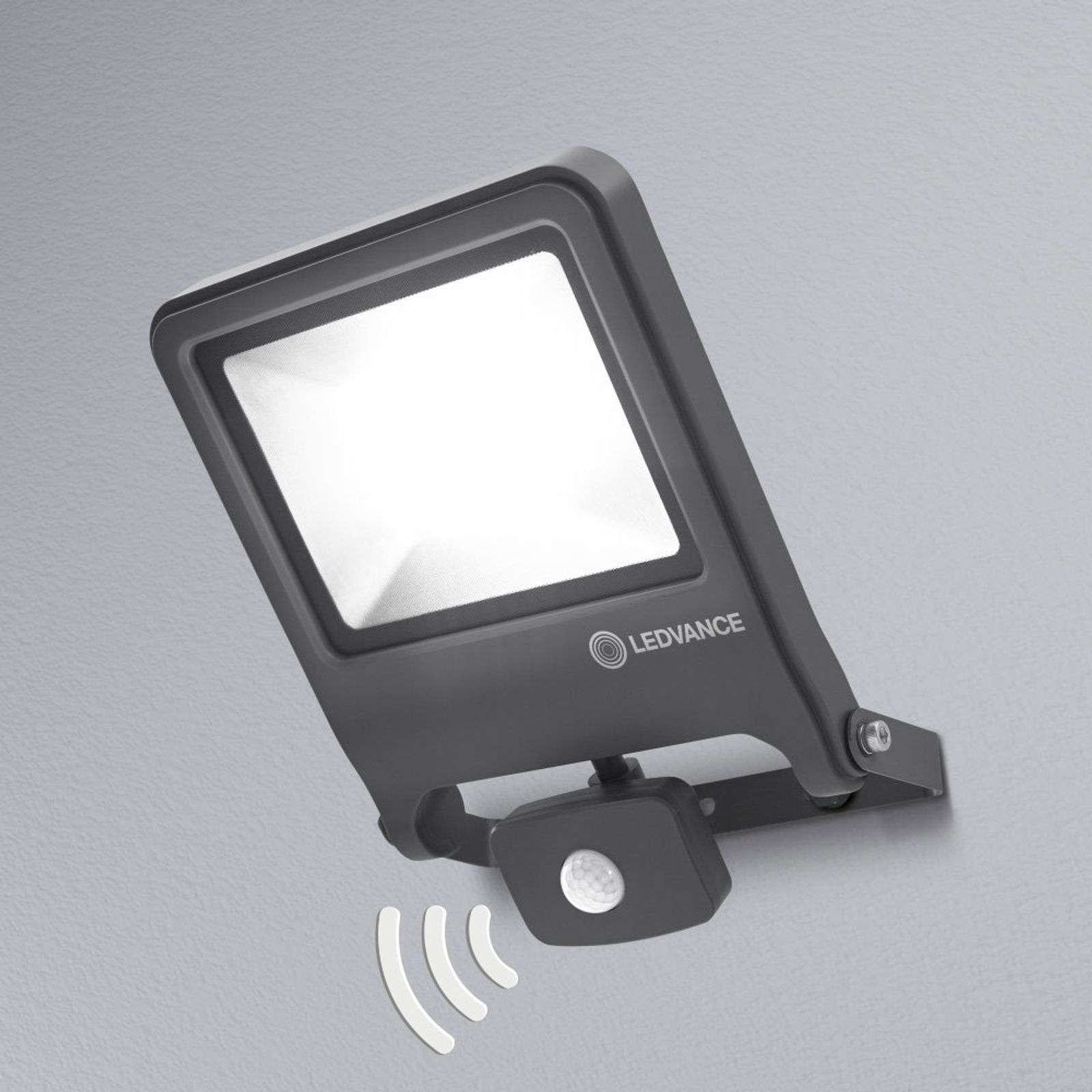 LEDVANCE Endura Floodlight LED con sensore 50W