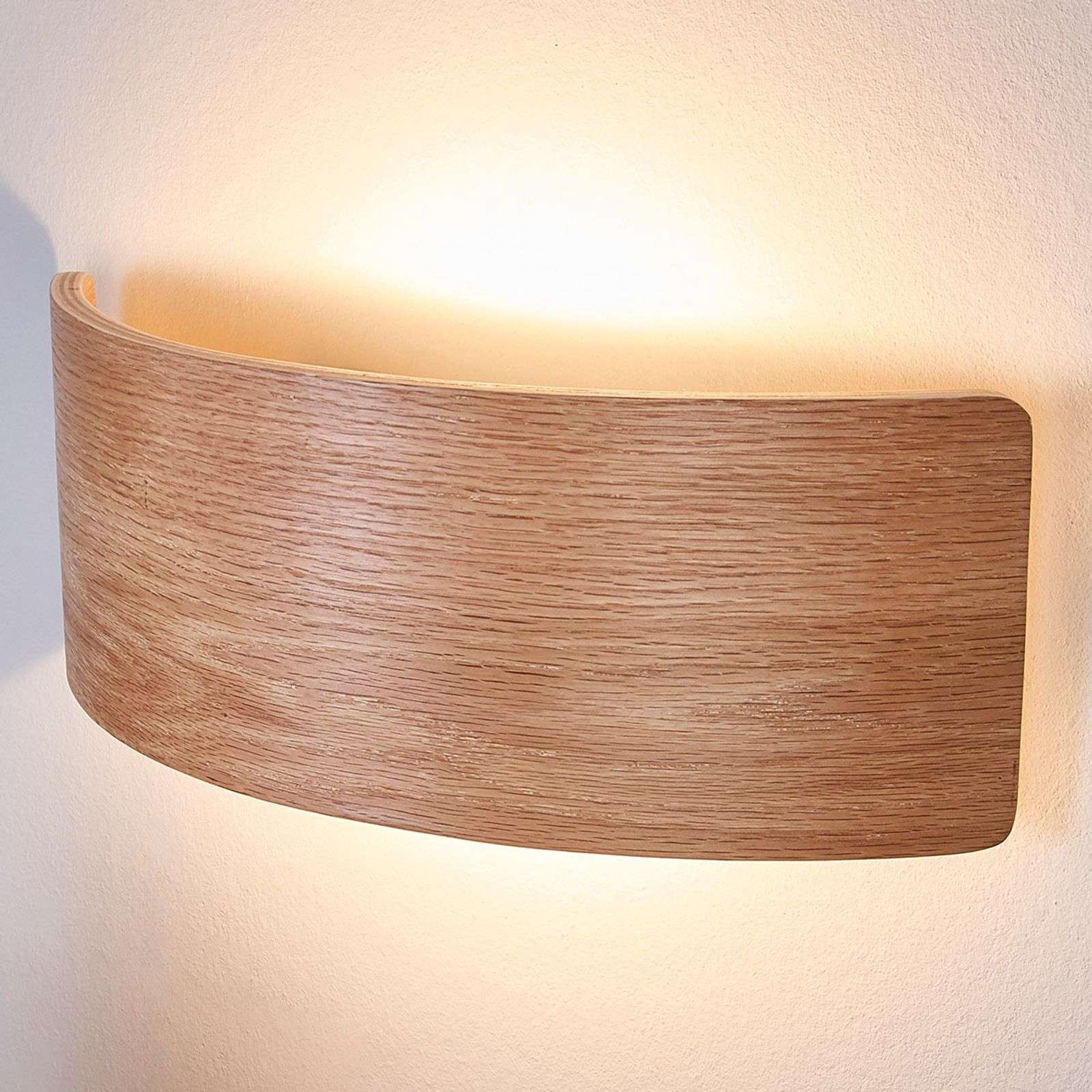 Attraente applique LED Rafailia di legno